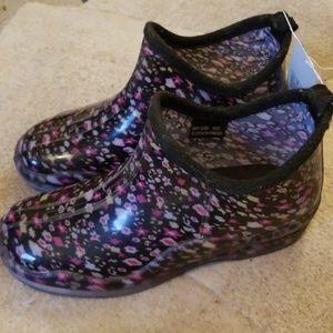 Brand new Capelli rain boots booties